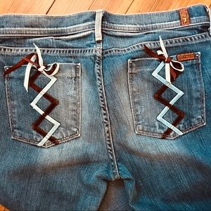 7 FAM rare lace up pocket. Size 30 bootcut